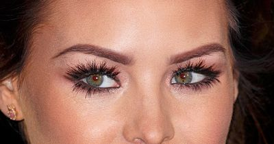 This trick will help you to get full eyelashes!