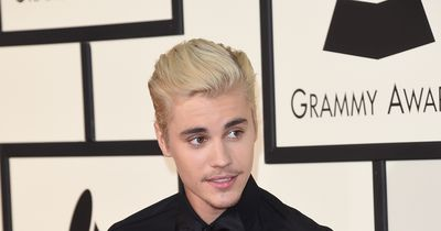 Justin Bieber´s NEW STYLE on the red carpet