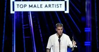 Justin Bieber just won Top Male Artist, so why is he so unhappy?