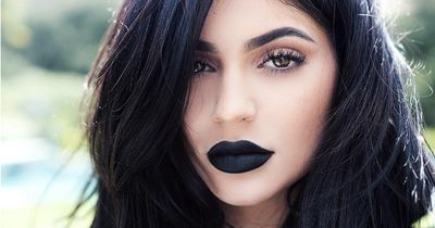 In case you were wondering what Kylie Jenner looks like without makeup....