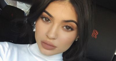 Did Kylie Jenner just pee in her pants?!